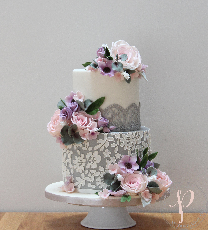 grey lace lilac blush sugar flower wedding cake.jpg