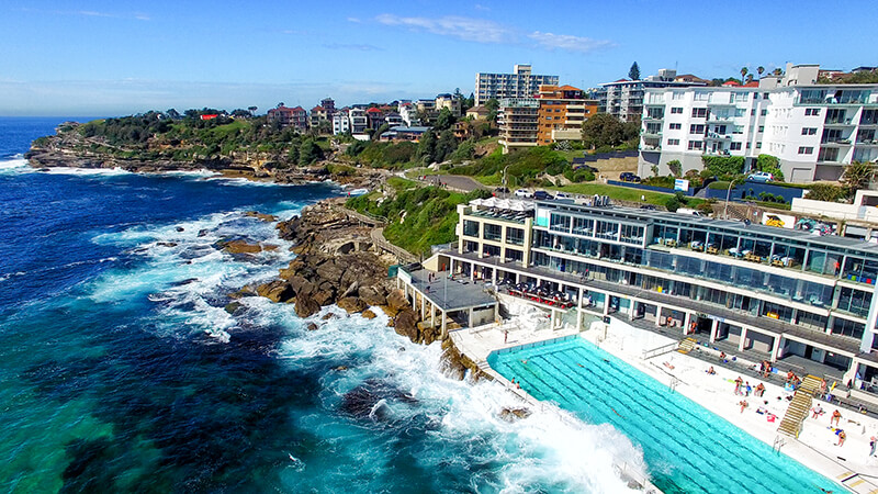 Sydneys-Top-Ten-Beachside-Bars.jpg
