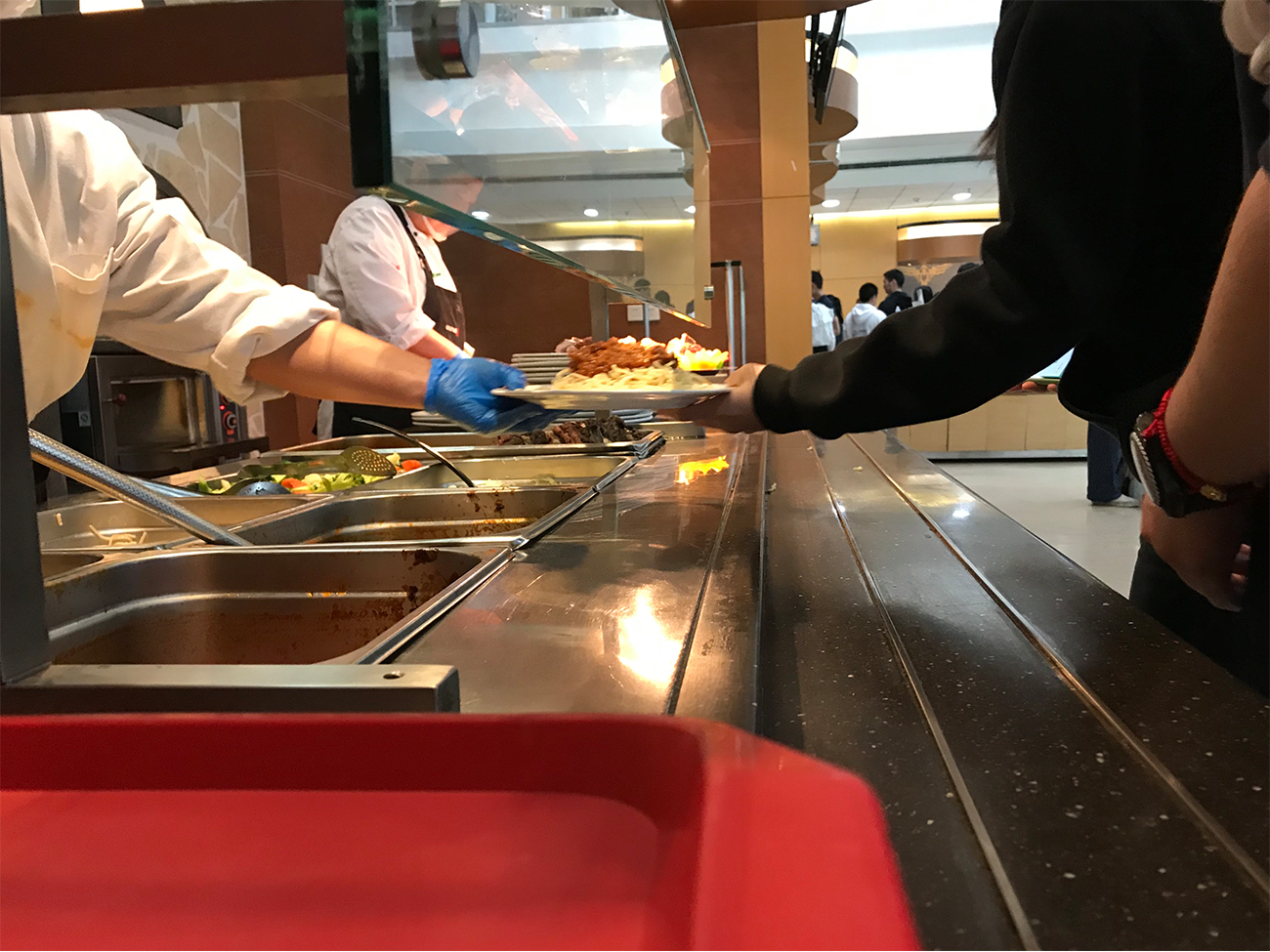 Food delivery may offer more variety, but it brings with it a considerable amount of single-use plastic and paper. (image: Jake L.,  Concordia Applied Journalism )