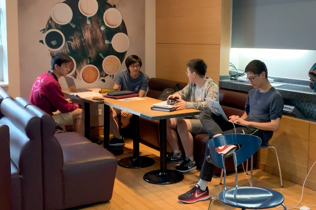 Seniors can often be found socializing in the café.  (image: Jacob R., Concordia Applied Journalism)