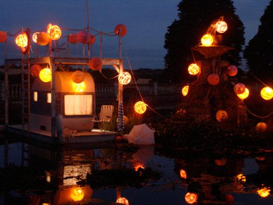 floating_caravan_07.jpg