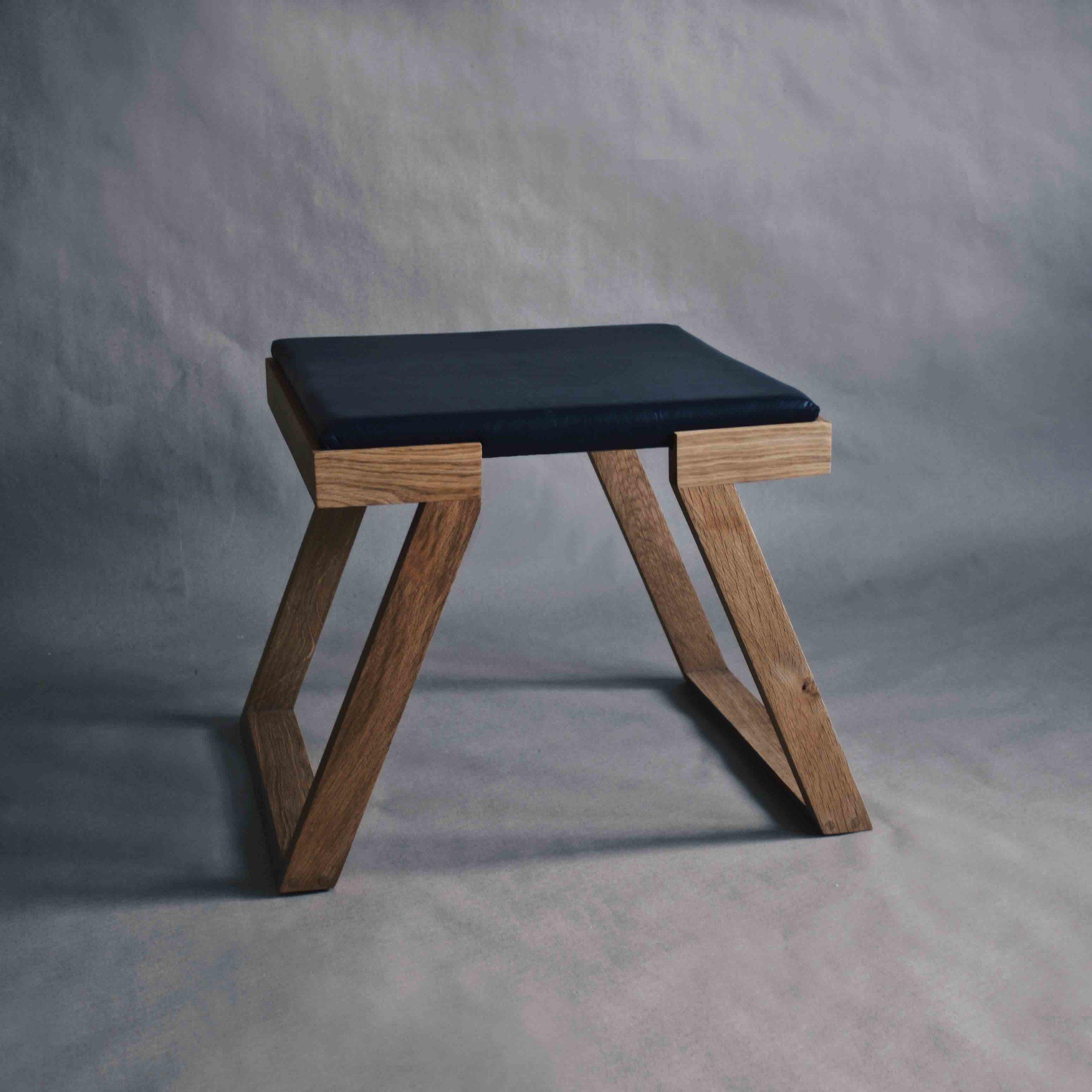 Chair 7 ottoman
