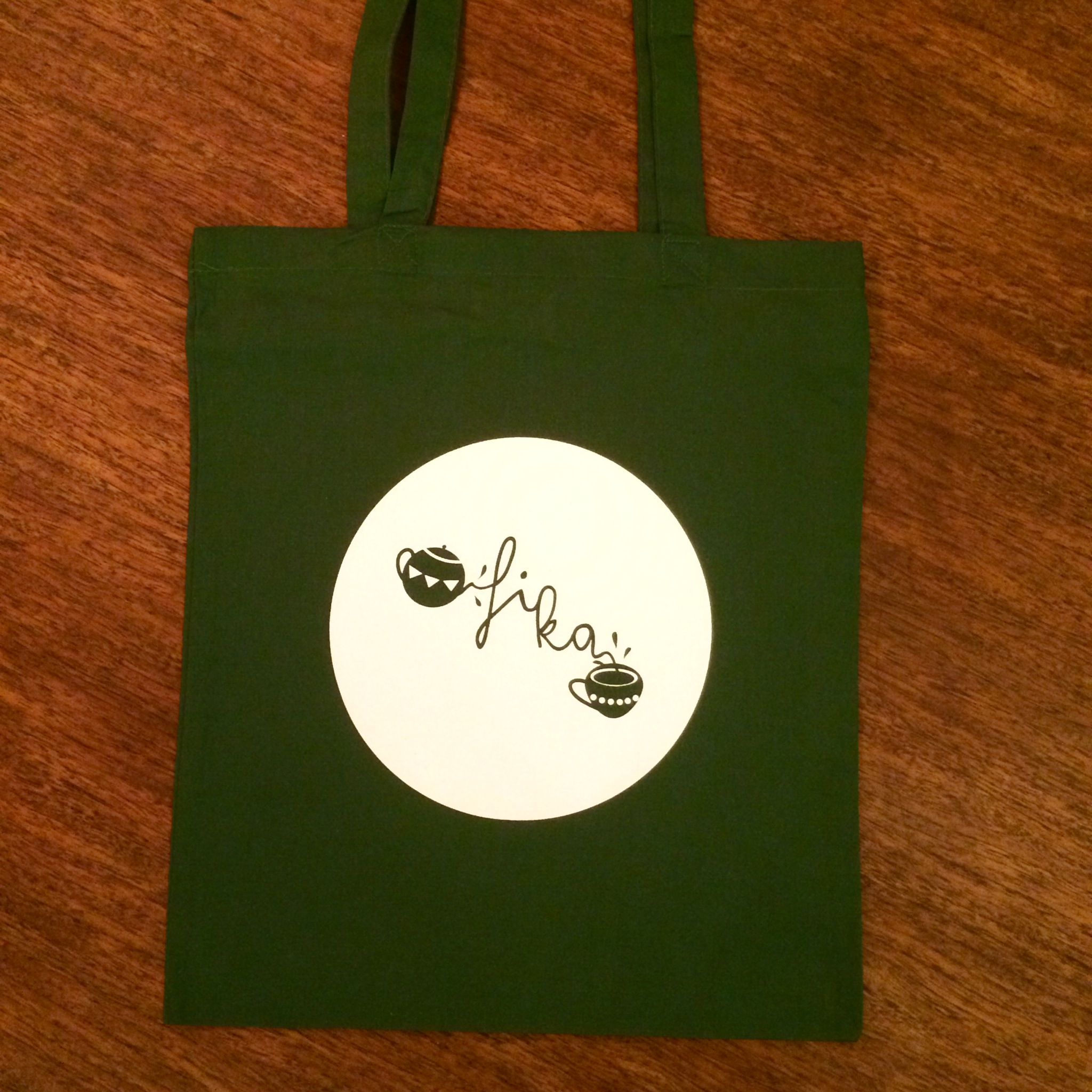 Green-tote-photo.jpg