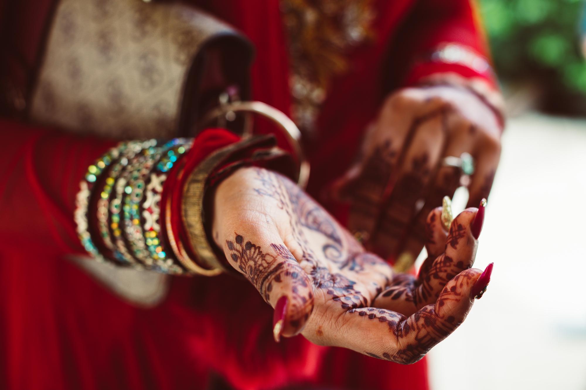 Aditi & Rafaels Wedding_Indian Temple_13.jpg