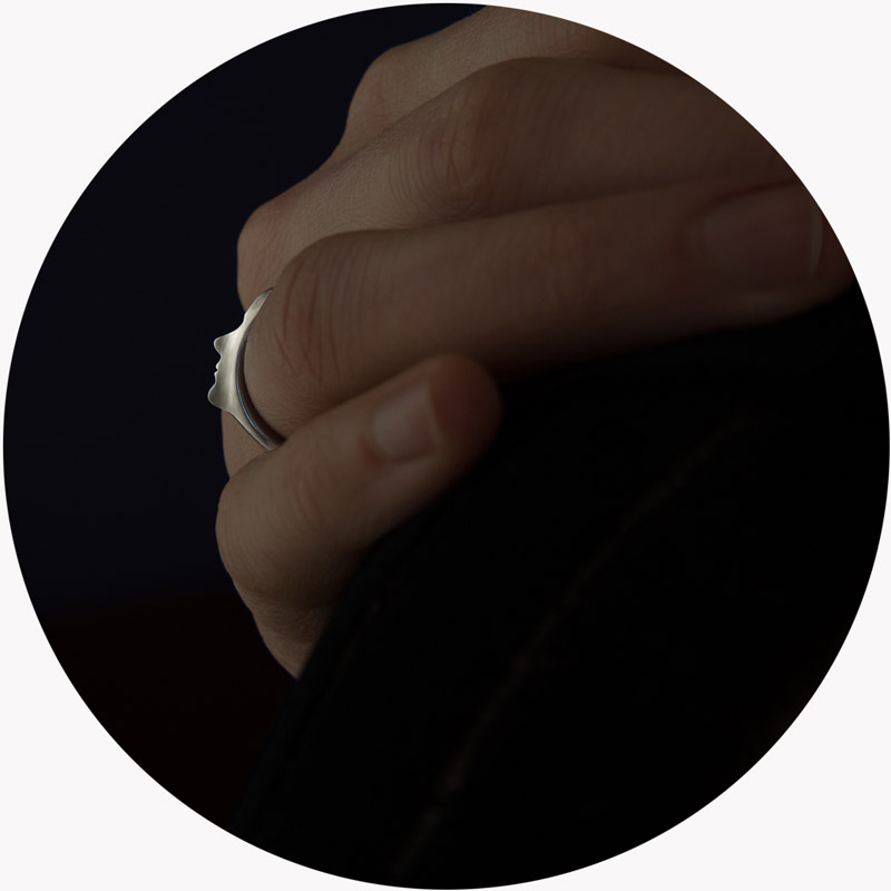 convela_silhouette_ring_01.png