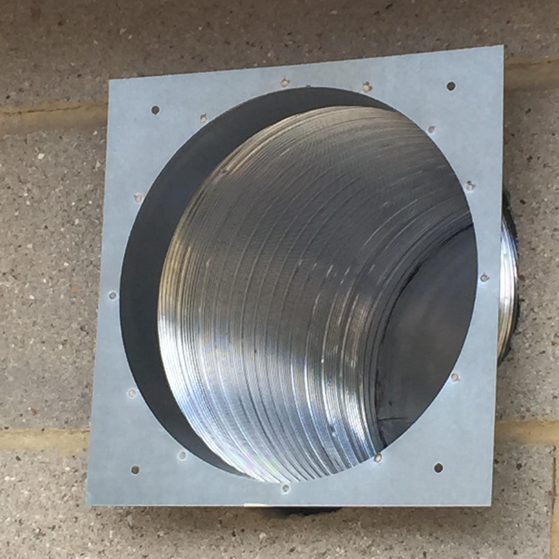 Shiny hole liner