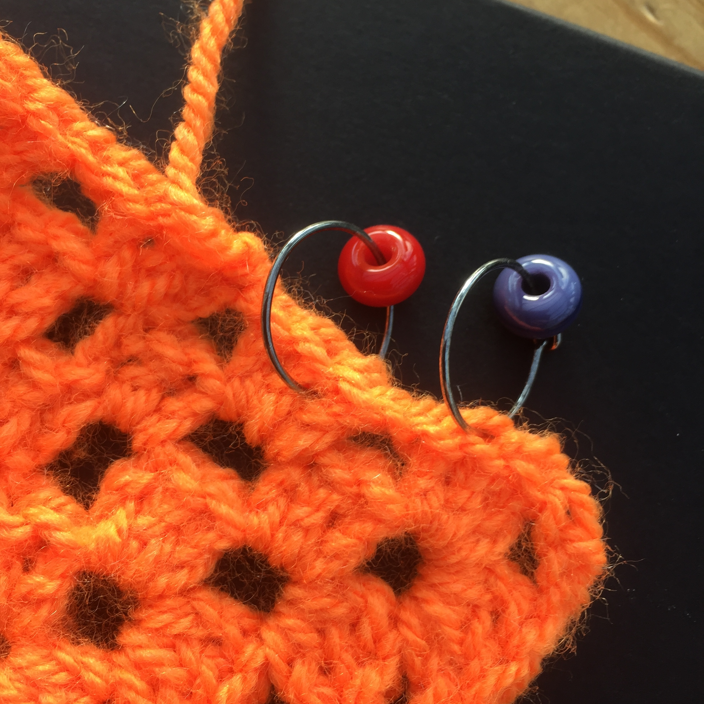 Stitch markers in action.