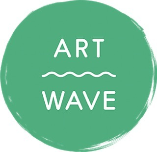 Just catching up after a post @artwavefestival catch-my-breath! Really enjoyed the buzz of my August open studio - visitors from far and wide, orders to get on with, courses to teach! #lovemyjob 🔥 #letfireinspire Thank you so much to everyone who visited, watched, torched, bought, booked or ordered!