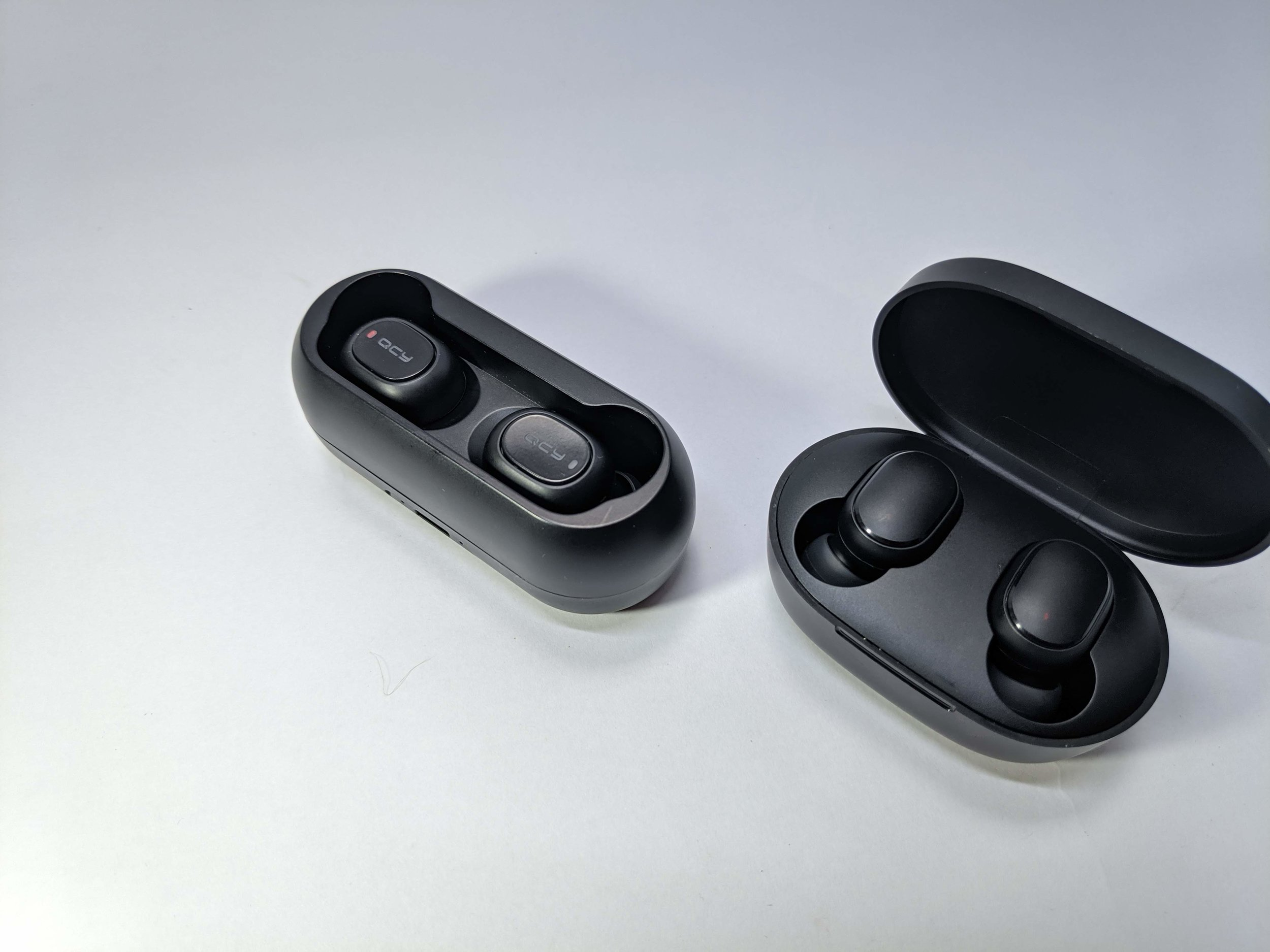 Xiaomi Redmi AirDots Vs QCY T1C // Cheap Bluetooth Headphone