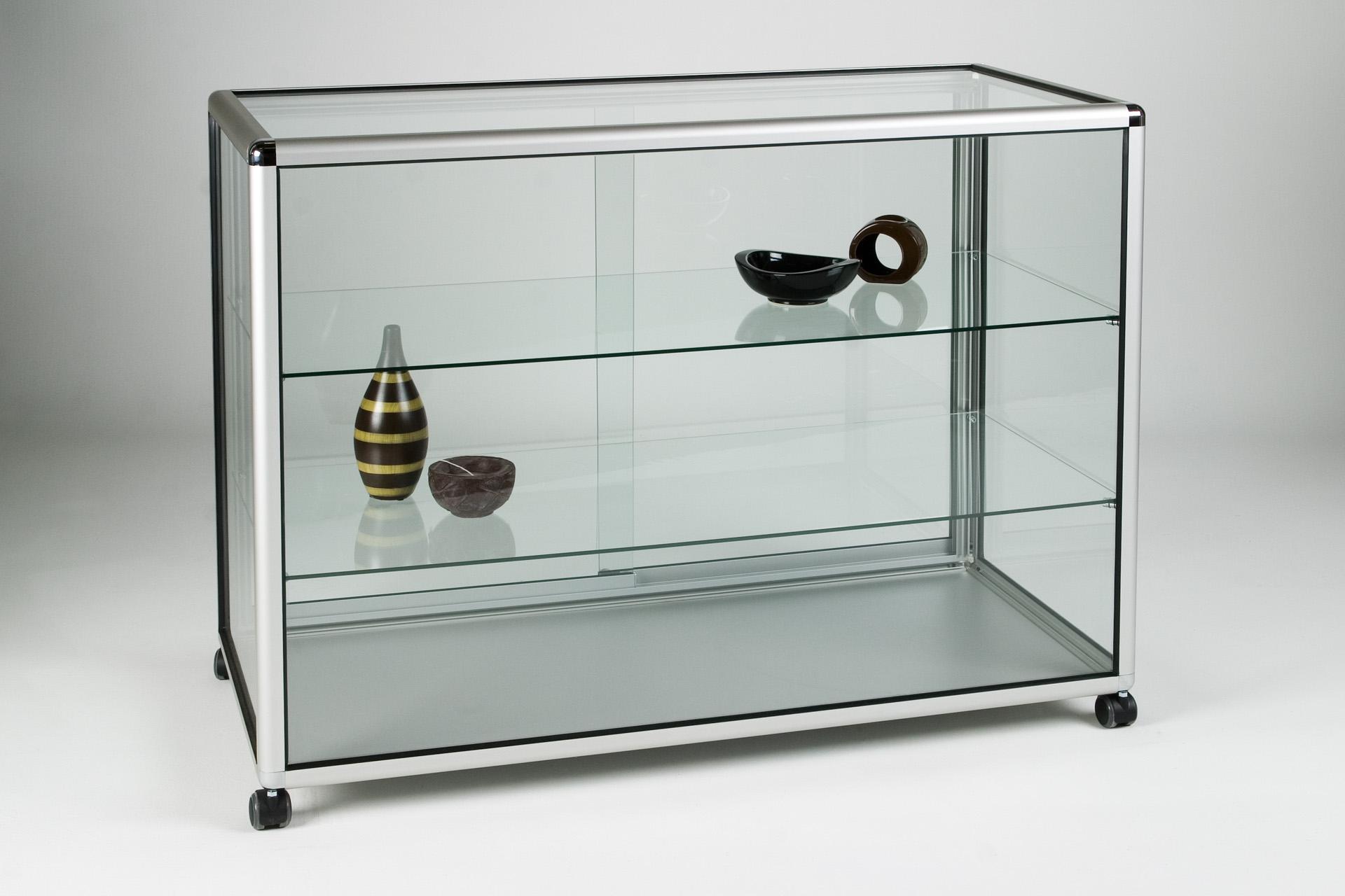 08_Straight Display Counter glass.jpg