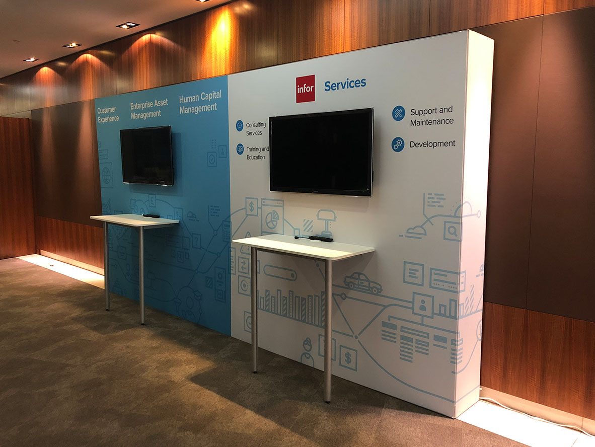 Conference-Stands_0002_IMG_0728.jpg