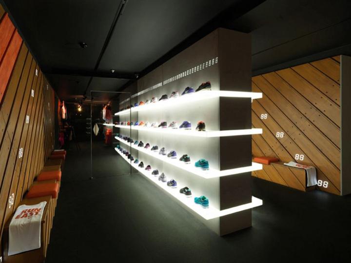 Nike-plus-Fuelstation-by-Nike-London-Boxpark.jpg
