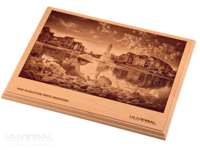 natural_(organic)_materials_wood_laser_engraving_plaque_with_a_10.6_micron_co2_laser