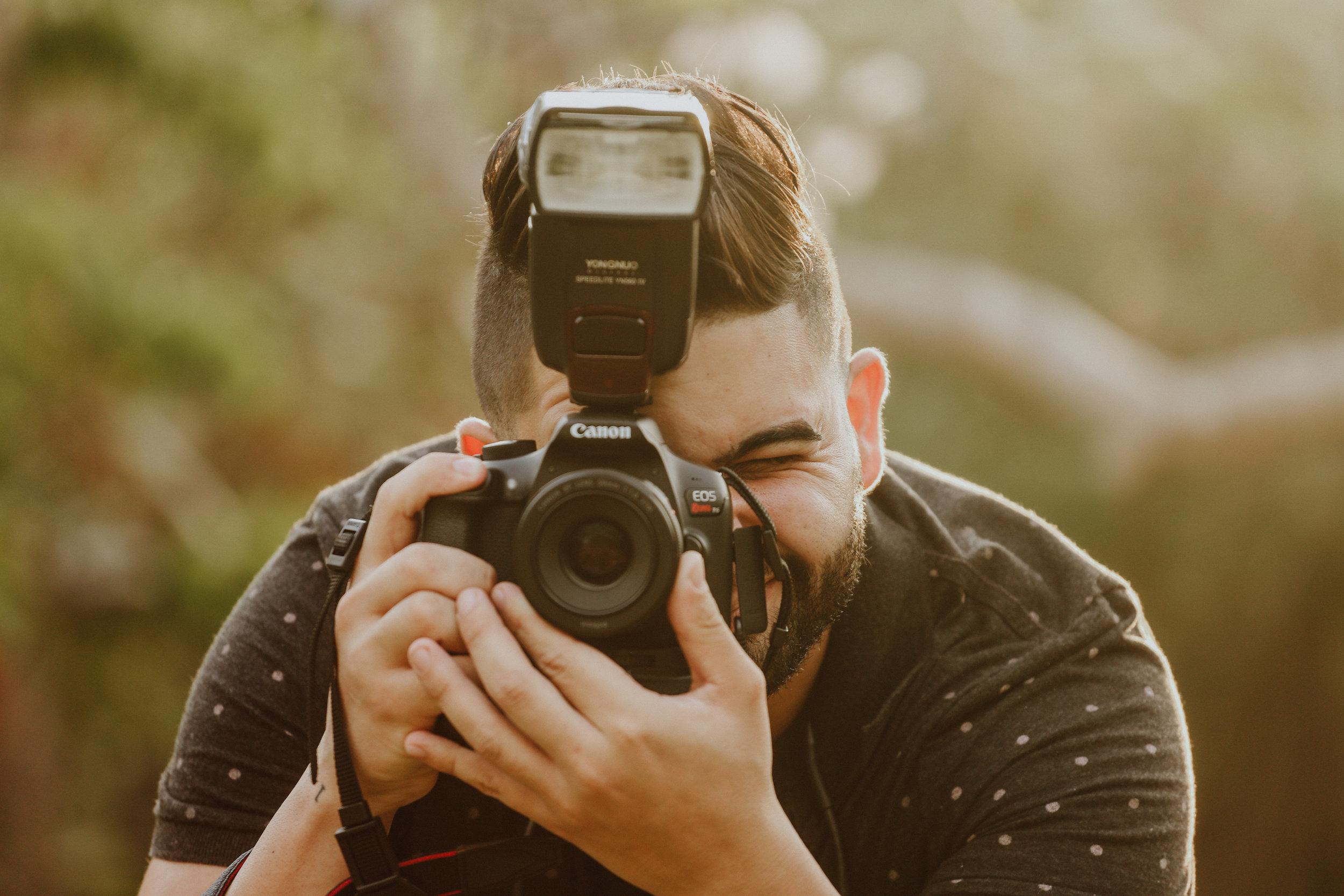Curso Intermedio Fotografía $175 - Este curso es ideal para todo fotógrafo que ya tenga conocimiento básico en la fotografía. Deberá saber utilizar su cámara en modo manual correctamente.