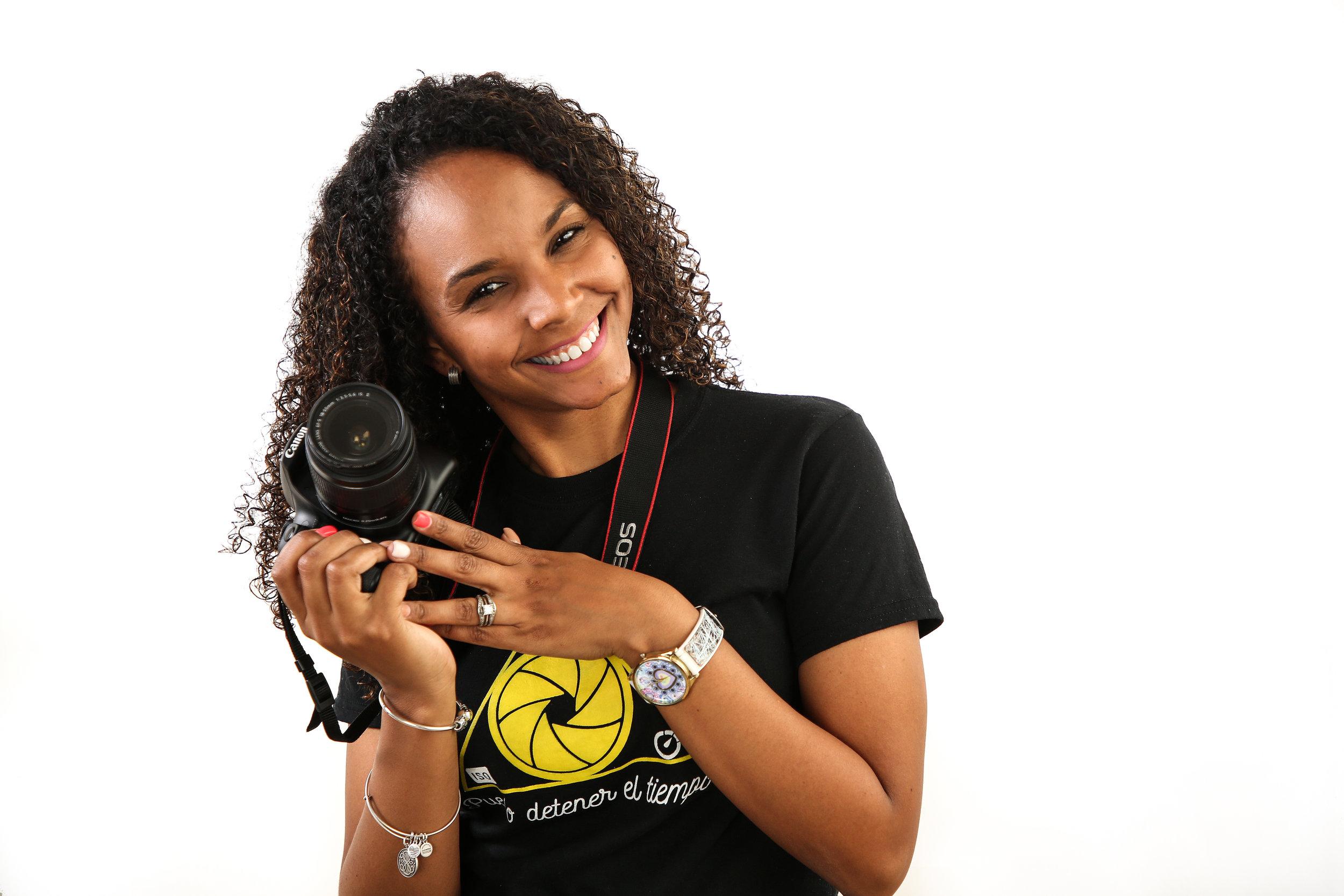 Taller: Como hacer de la Fotografía tu Negocio - Un taller hecho para todo el que desee pasar al mundo Profesional y hacer de la fotografía un negocio.