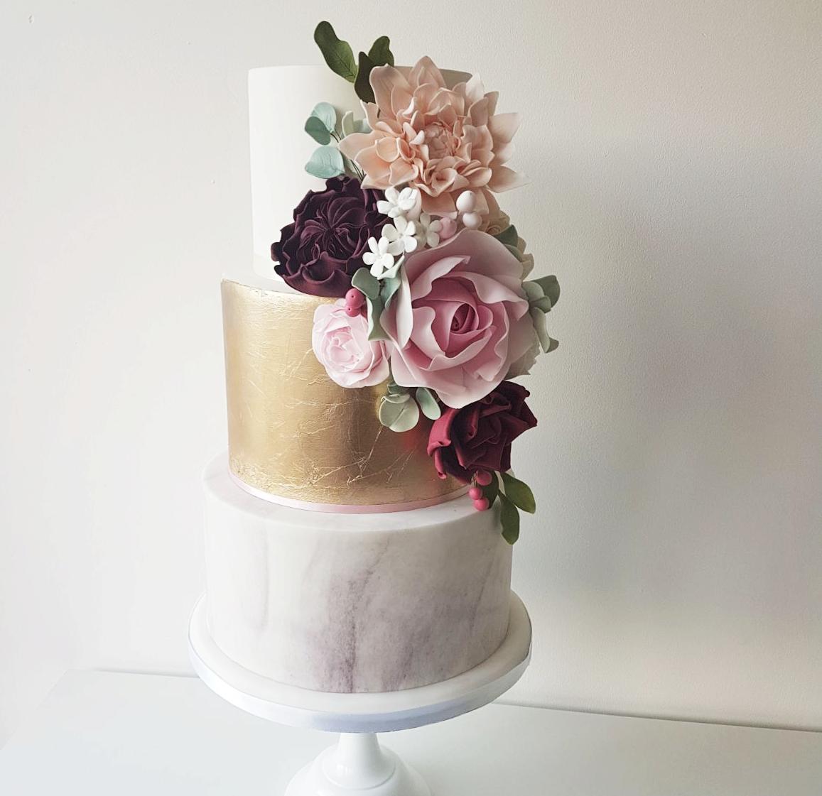 REBECCA SEVIOUR WEDDING CAKE DESIGN