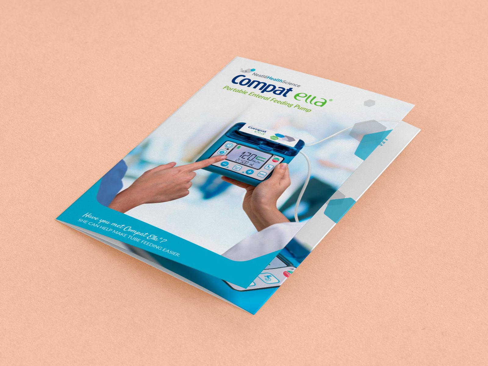 Brochure Compat Ella® - Brochure 6 pages en couleur destinée à promouvoir les ventes de la pompe de nutrition entérale Compat Ella®.