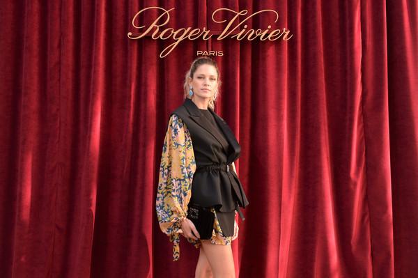 Helena+Bordon+Roger+Vivier+Hotel+Vivier+Presentation+9Cvl9CxapECl.jpg