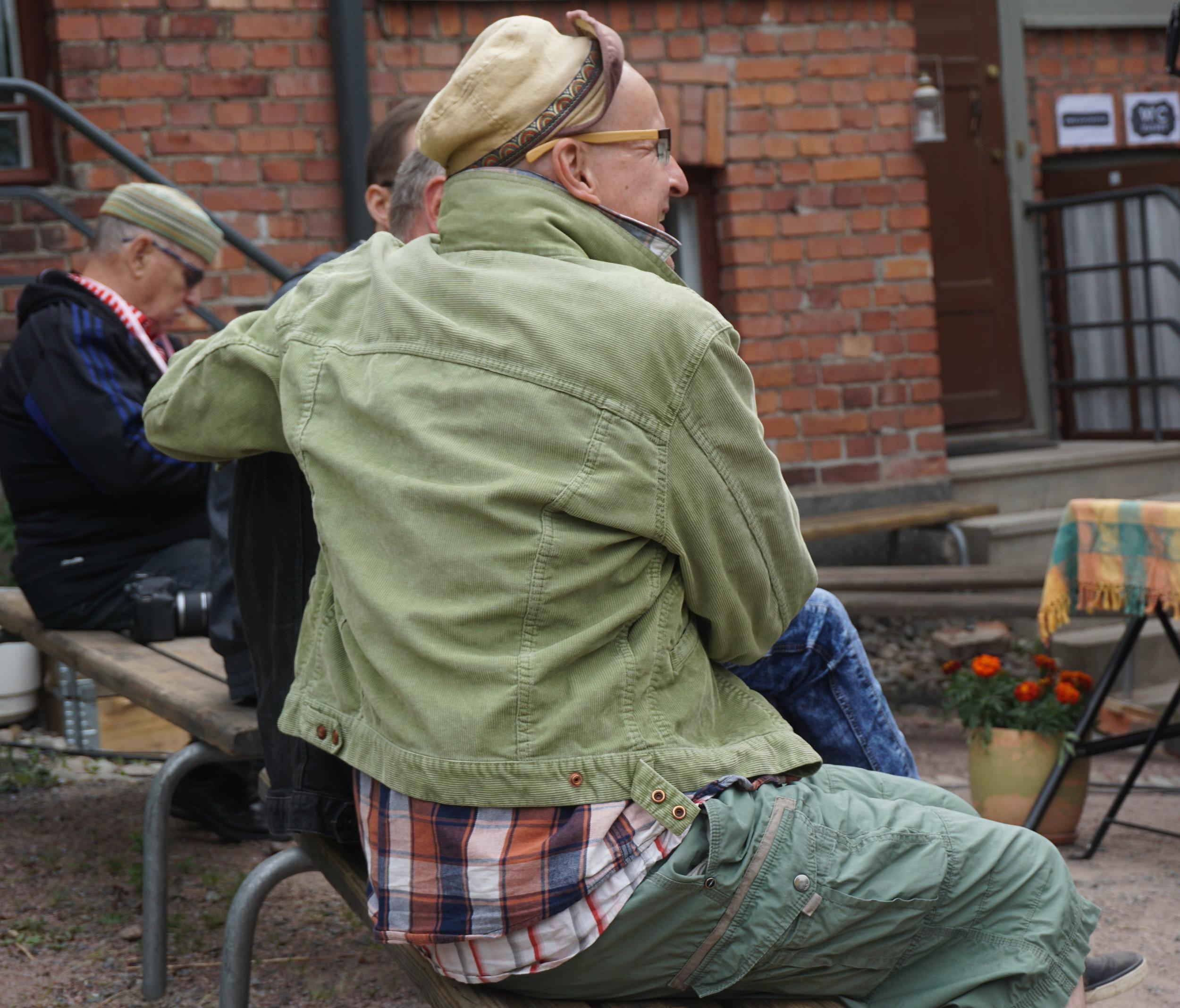Simo Ollilla   festivaalituottaa erityisen kulttuuritapahtuman koti-ikkunansa alle.  #annikinrunofestivaali