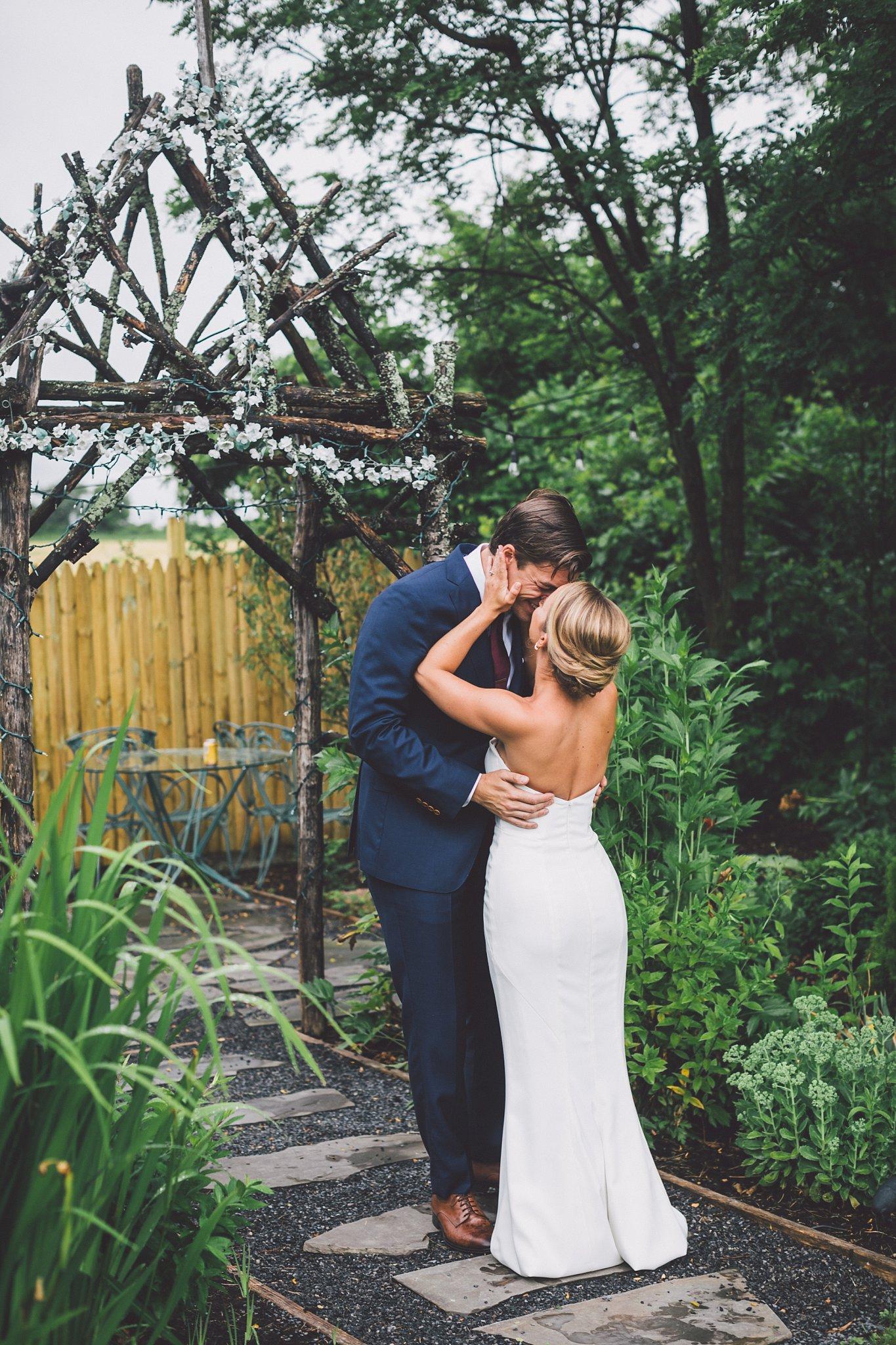 finger lakes wedding photography larkin and trevor_0163.jpg
