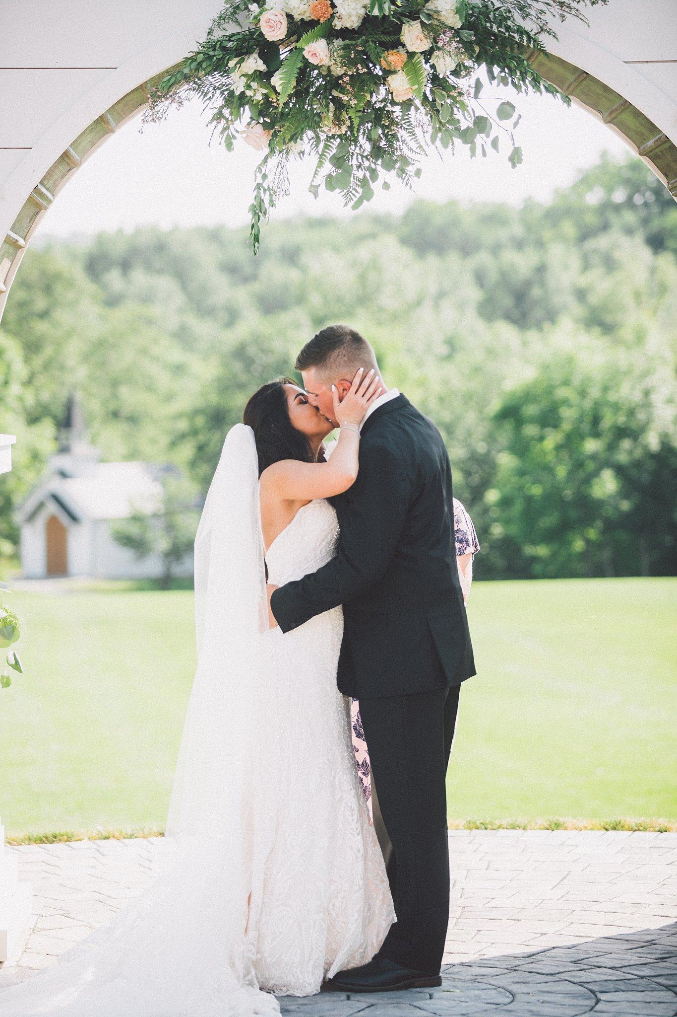 finger lakes wedding photography larkin and trevor_0243.jpg