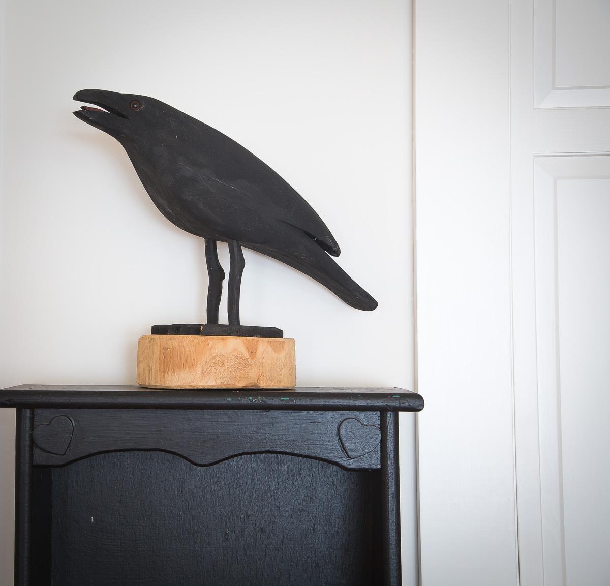 black-crow-wooden-ornament-home-interior.jpg