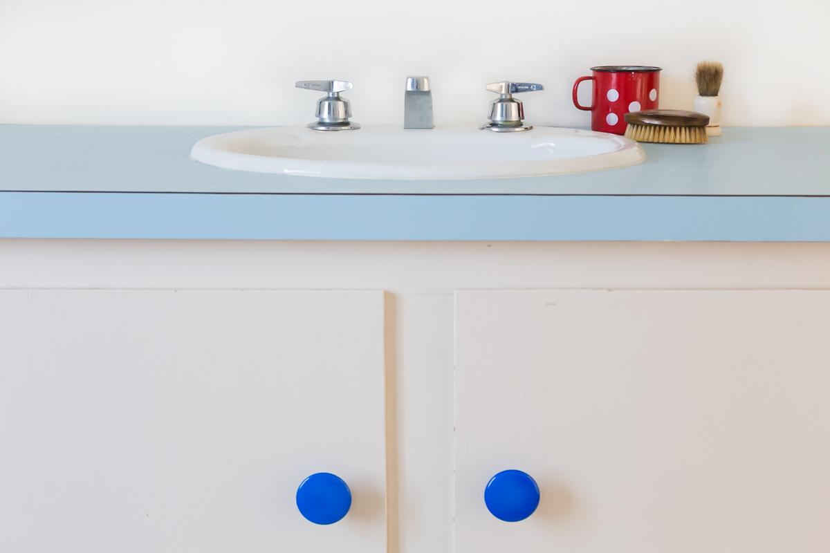 vintage-blue-bathroom.jpg