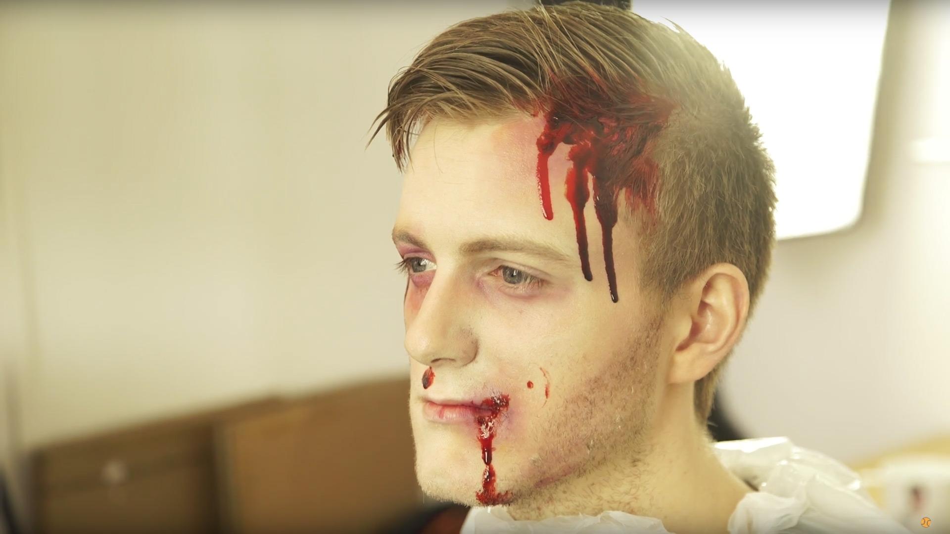 Get-the-Bloody-&-Beaten-Look.jpg