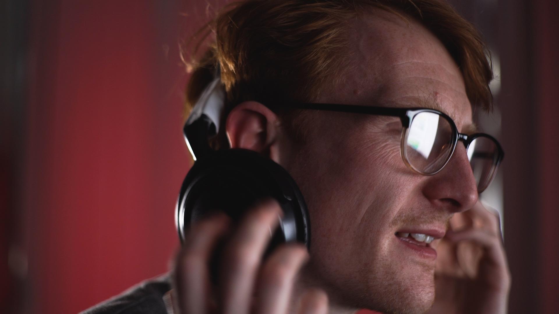 Rob's dodgy headphones