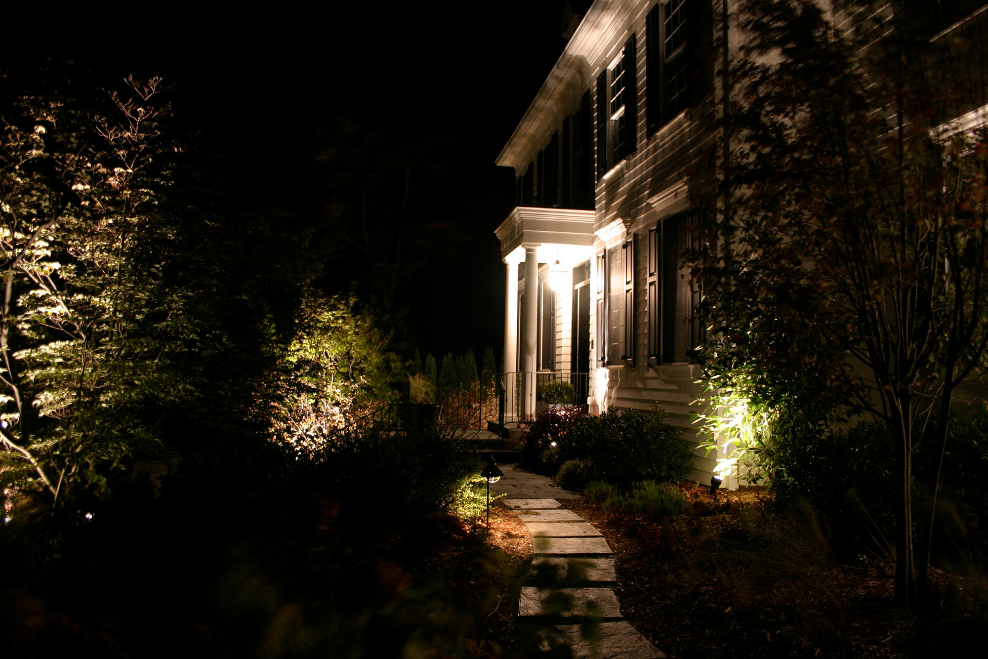 home-exterior-lighting.jpg