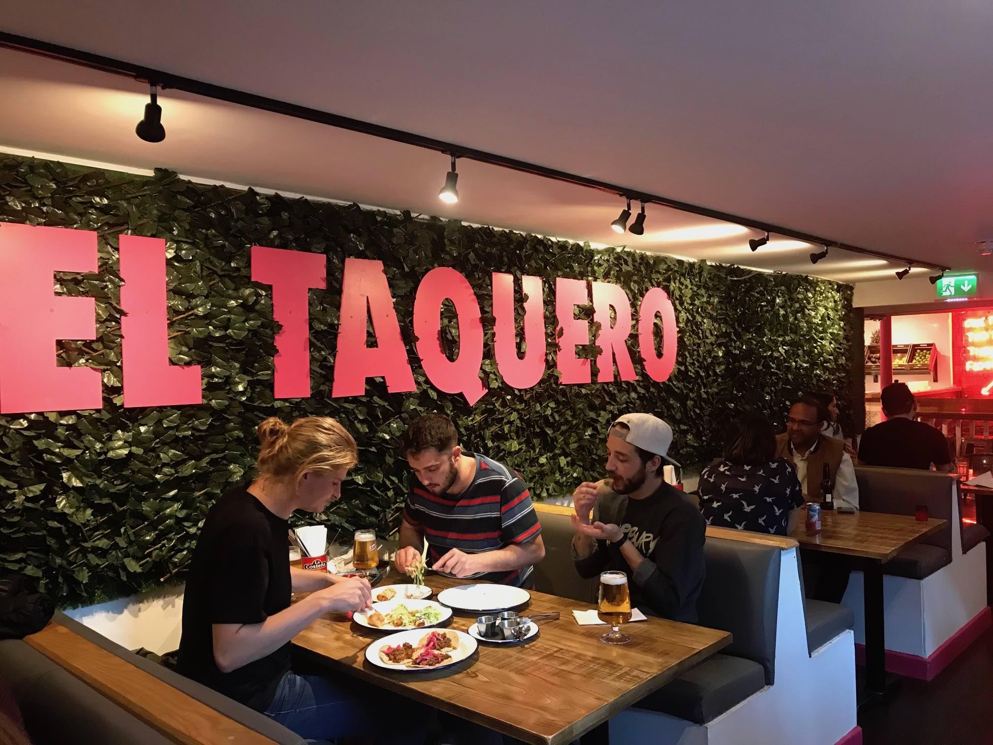 Taquero_interior.jpg