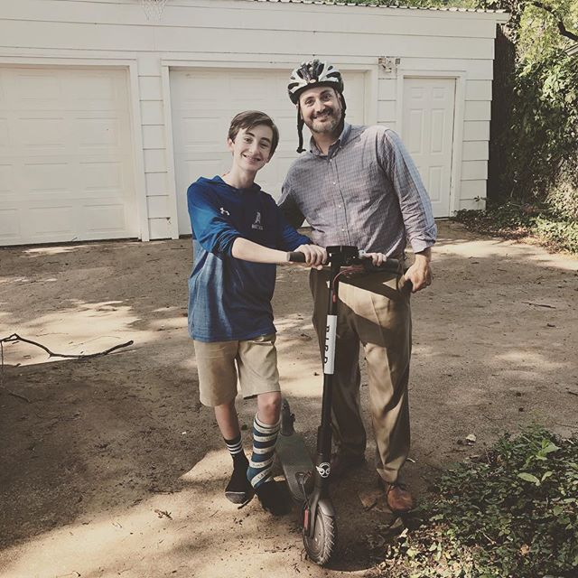 When I was 13ish, I went down the street to help a young mom after school. She was always, always SO happy to see me(now I know why 😉) I was paid really well and learned so much! Opportunities like this for boys are a little more scarce- mowing lawns only happens a few months of the year. Enter @bird ! Jackson has nine charging stations in our garage. NINE! Thank you @acusga for bringing this super fun idea to campus. My guys are over the moon! #kidpreneur