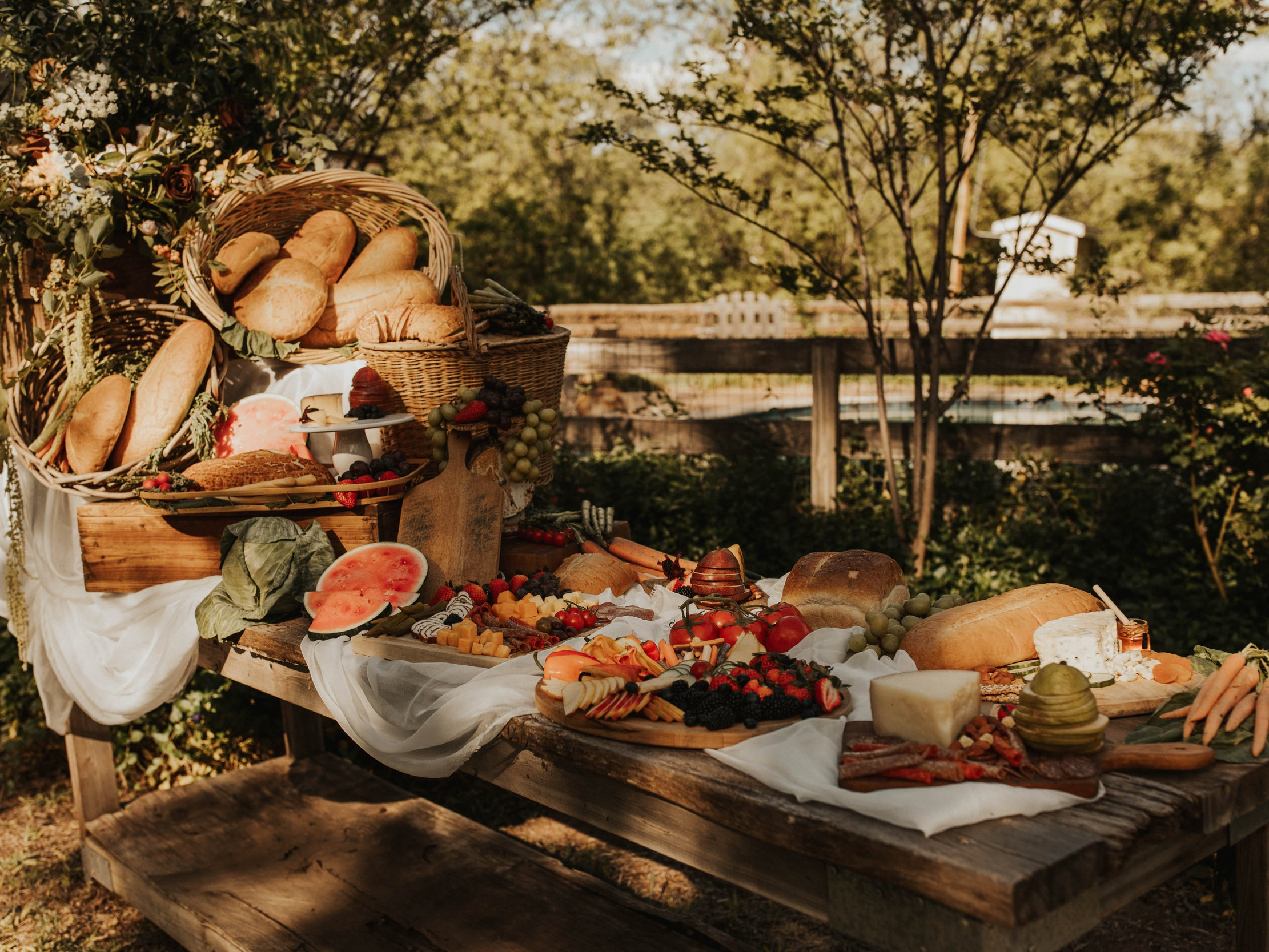 GRAZE ABILENE - Grazing boards, platters and tables made by Abilene's favorite food truck, The Toasted Traveler. Suitable for groups of all sizes, available for pick up, or designed on site.