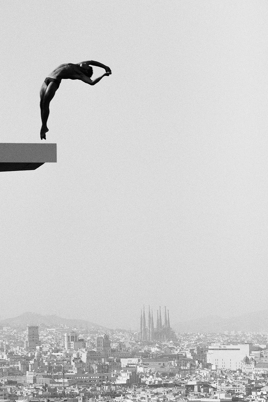 santiago-garces-dive-artwork.jpg