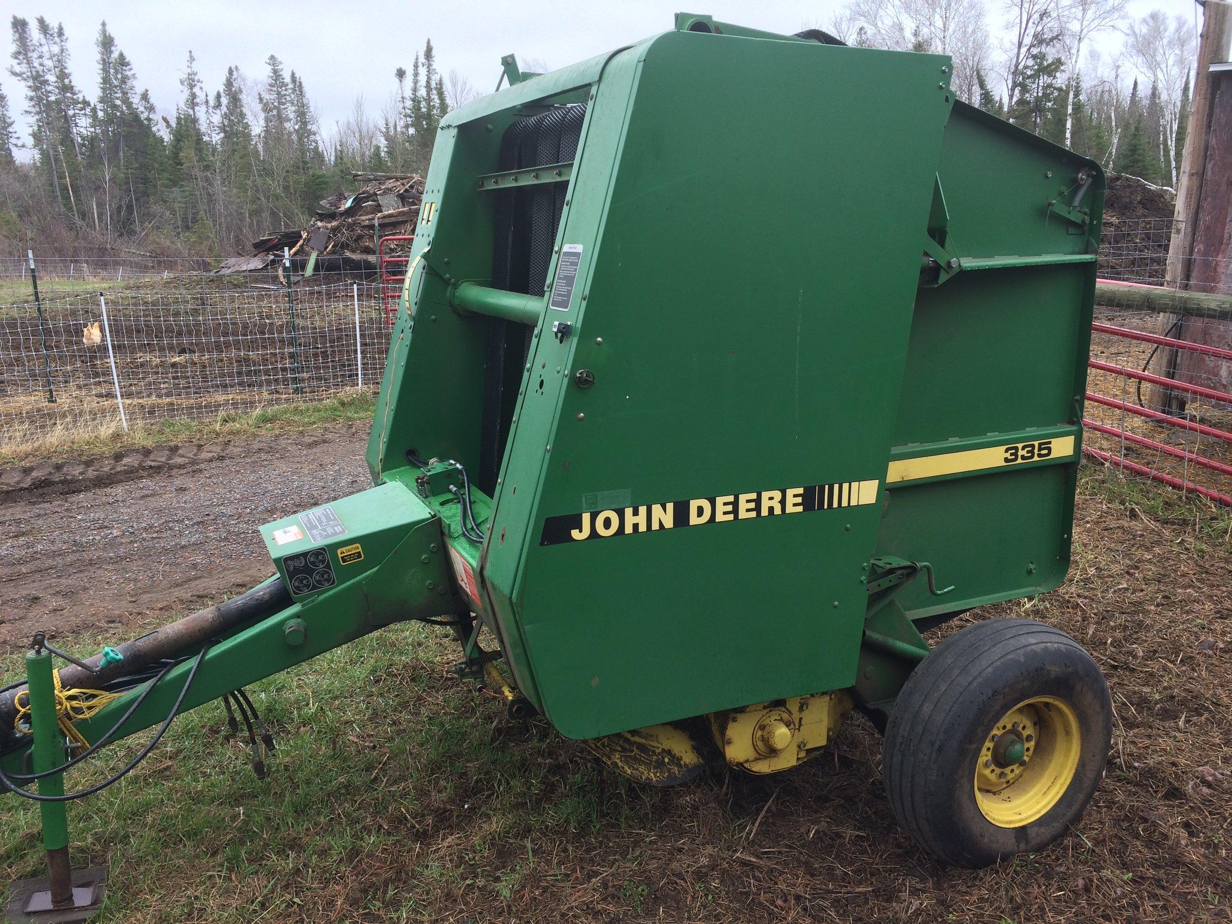 John Deere 335.JPG