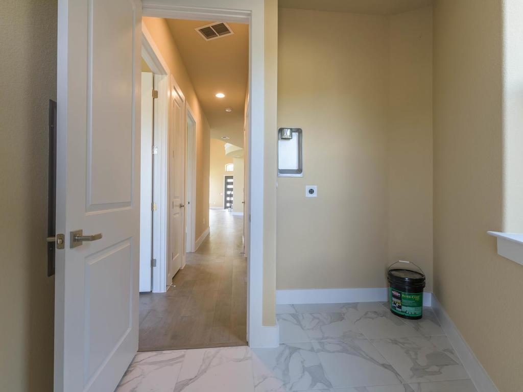 12301 Cedar Bend Cove Austin-021-011-Cedar Bend-MLS_Size.jpg