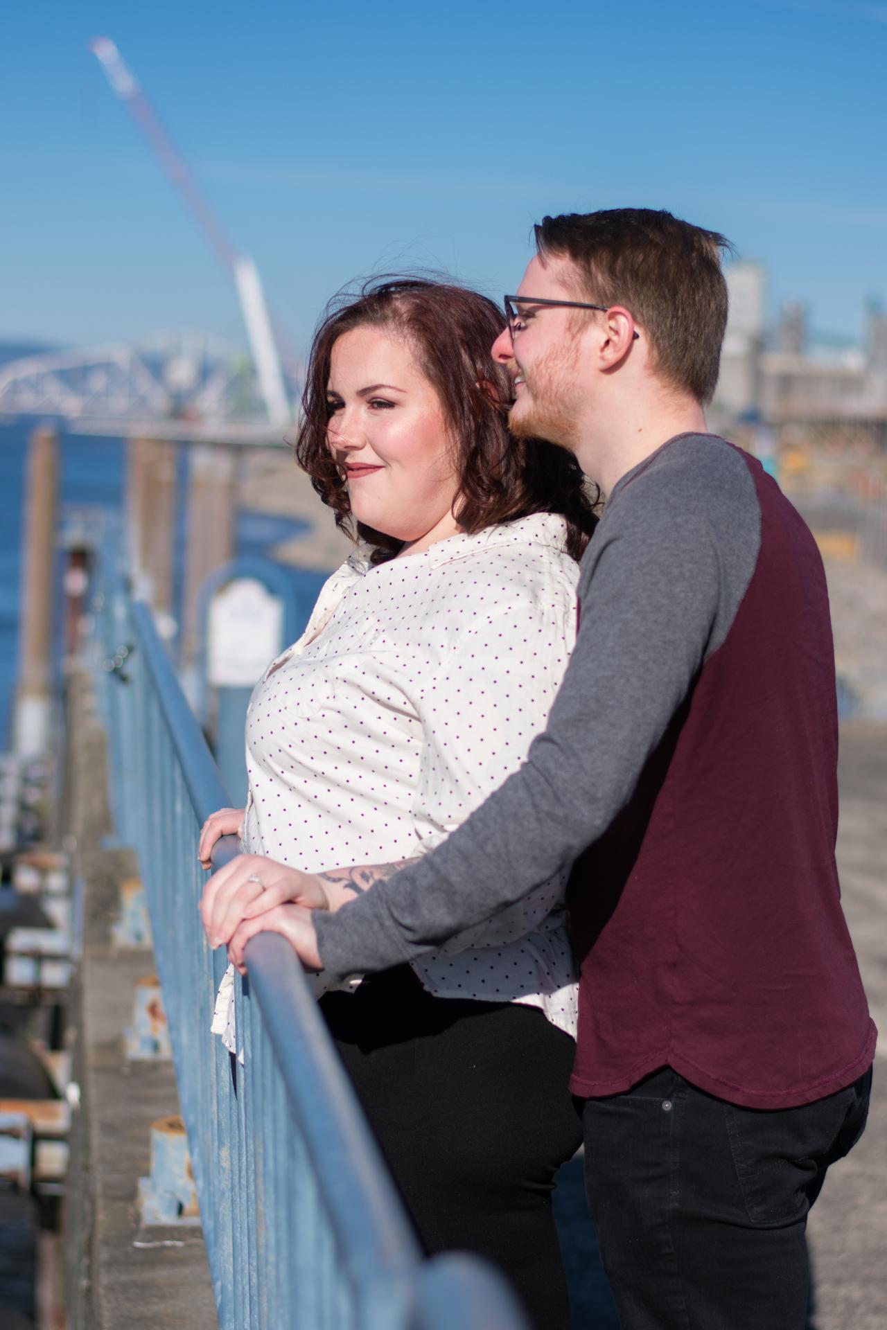 engagement-photography-vancouver-washington-waterfront