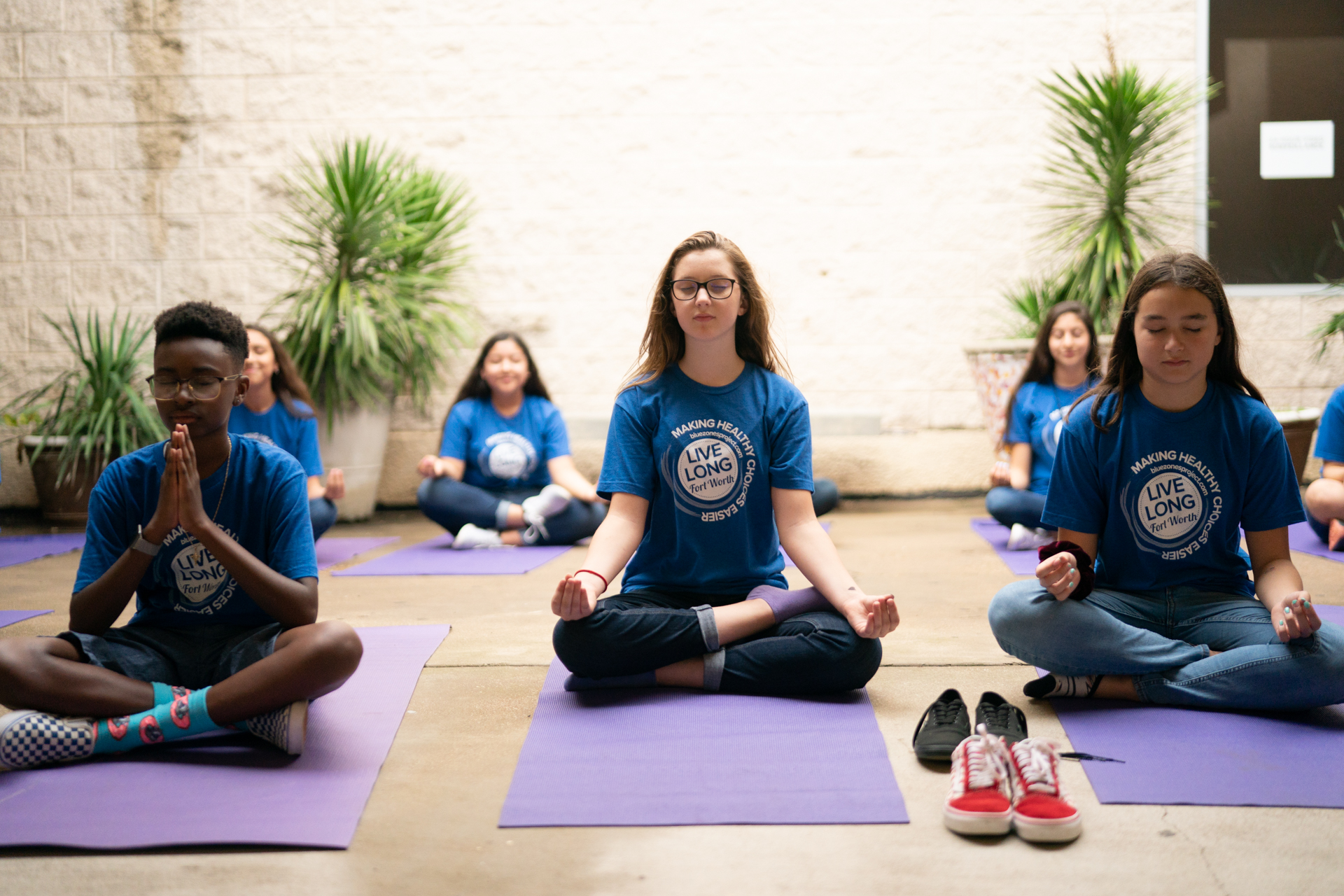 0019_2018-McLain-Sharecare-mid-school-yoga-1062-1.jpg