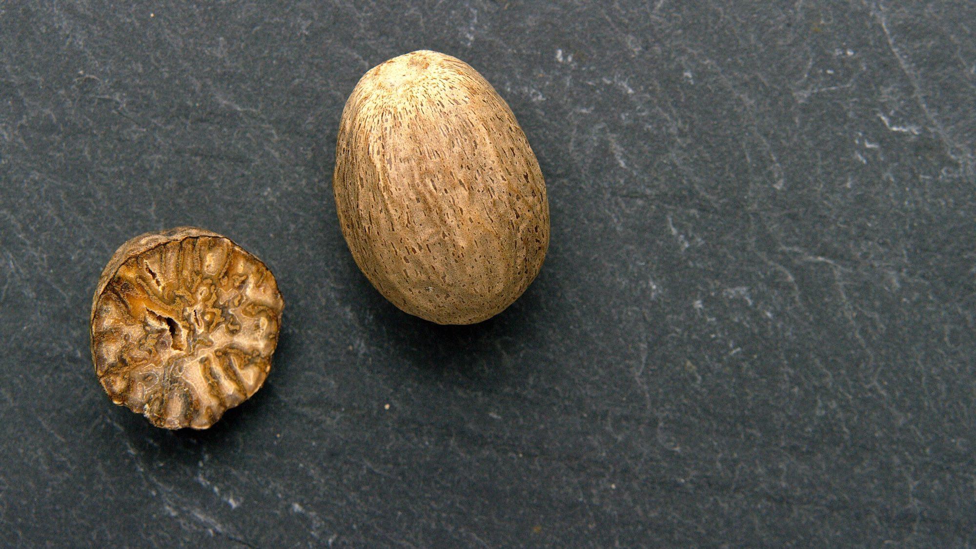 Nutmeg and Mace D 2000.jpeg