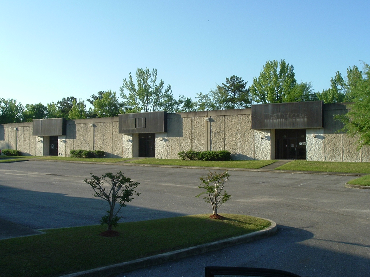 1125 Corporate Drive North 004.jpg