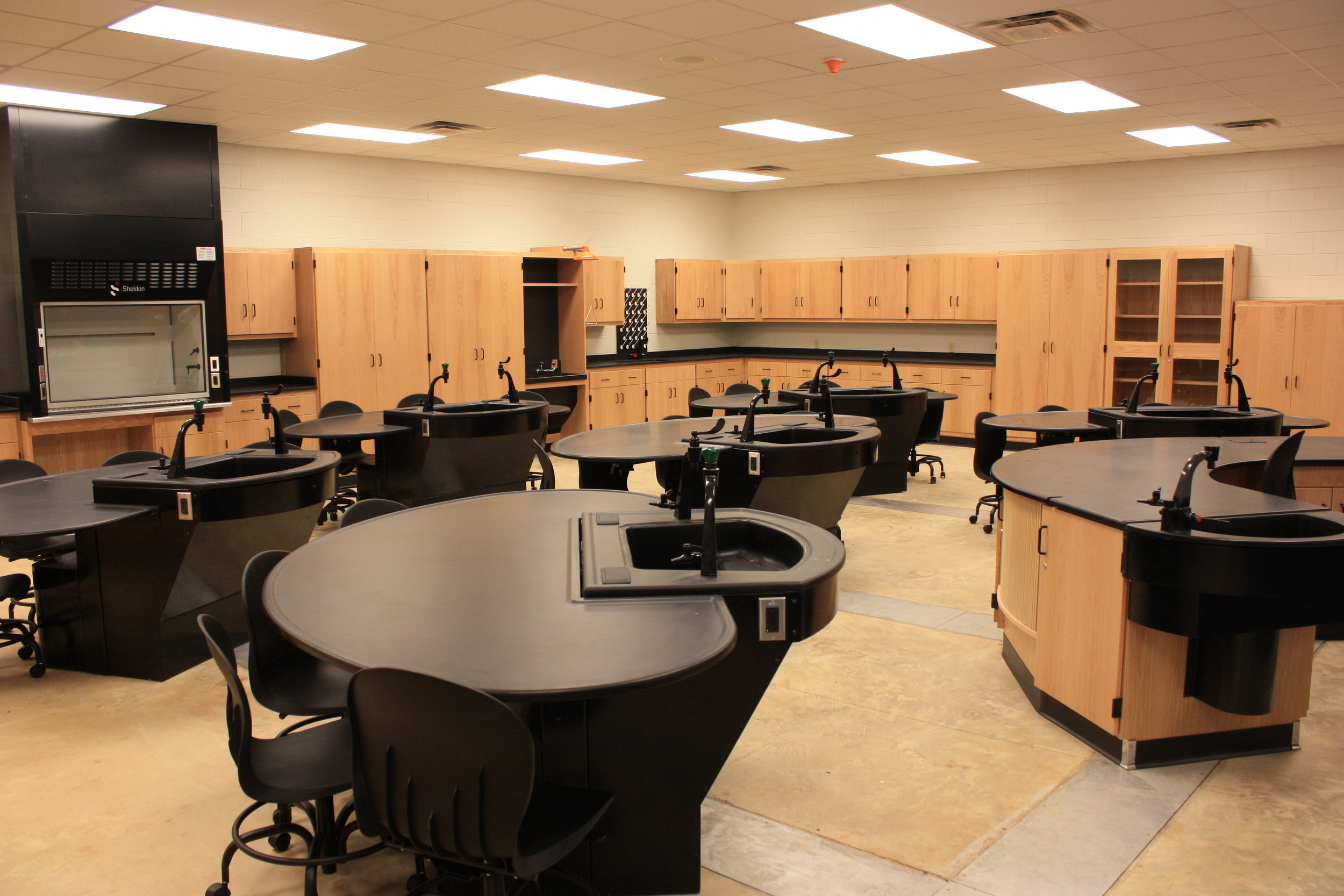 Axis-Infinity-Lab-Tables.JPG