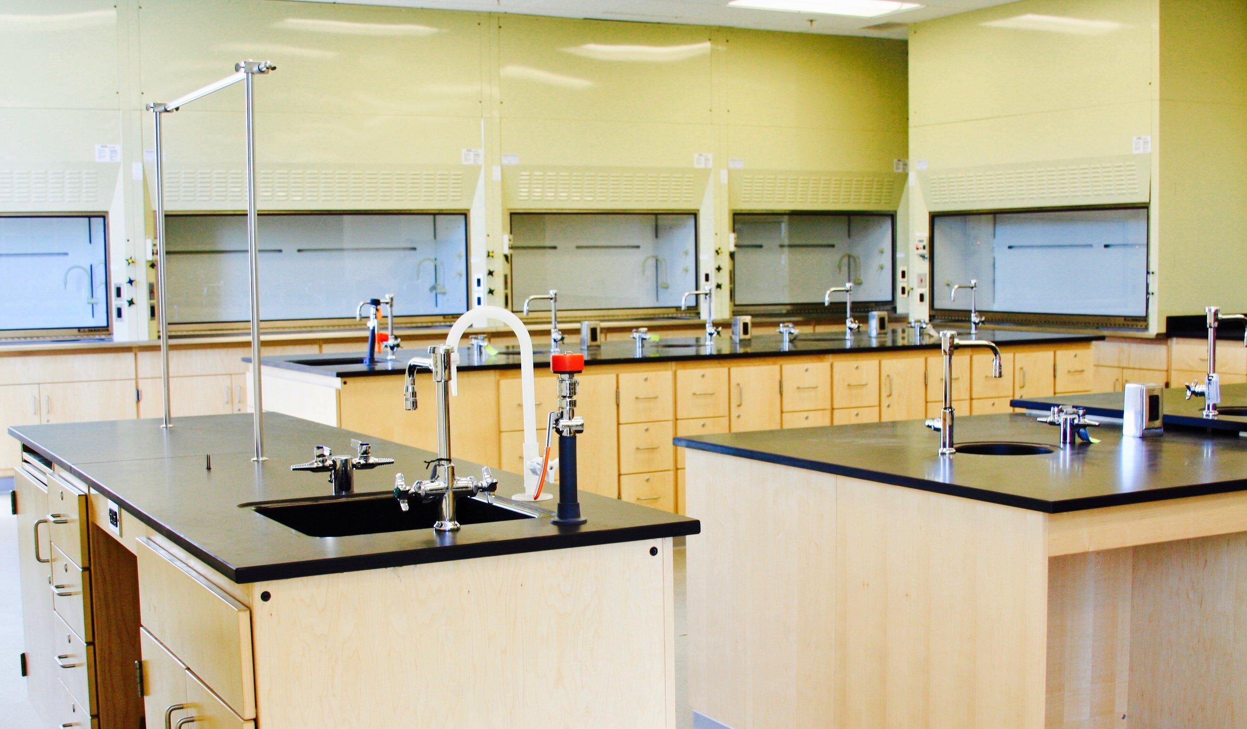 College-Laboratory-Fume-Hoods.jpg