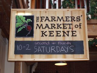 Keene Farmers Market sign