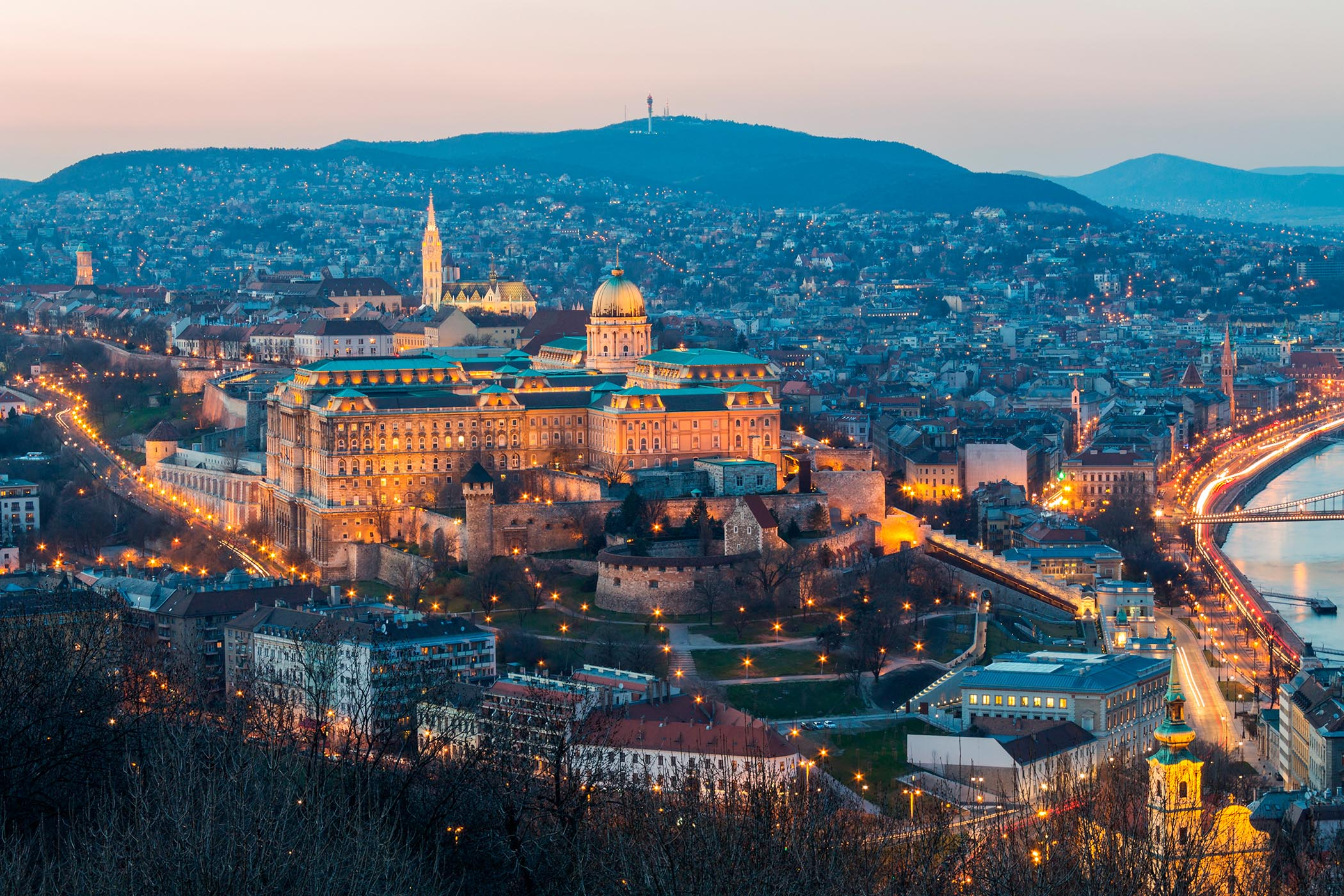 budapest-5-motivi-spettacolo-architettonico-.jpg
