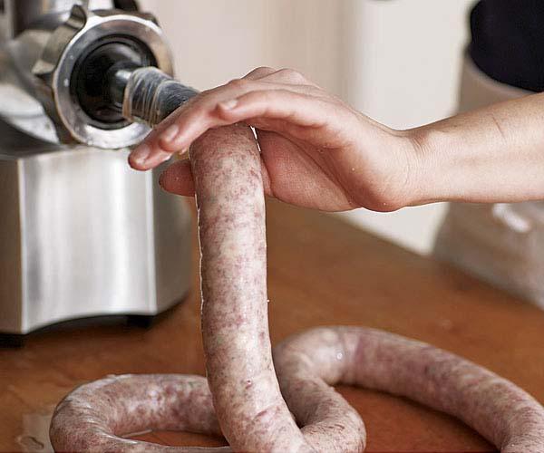 051098072-03-sausage-making_xlg.jpg