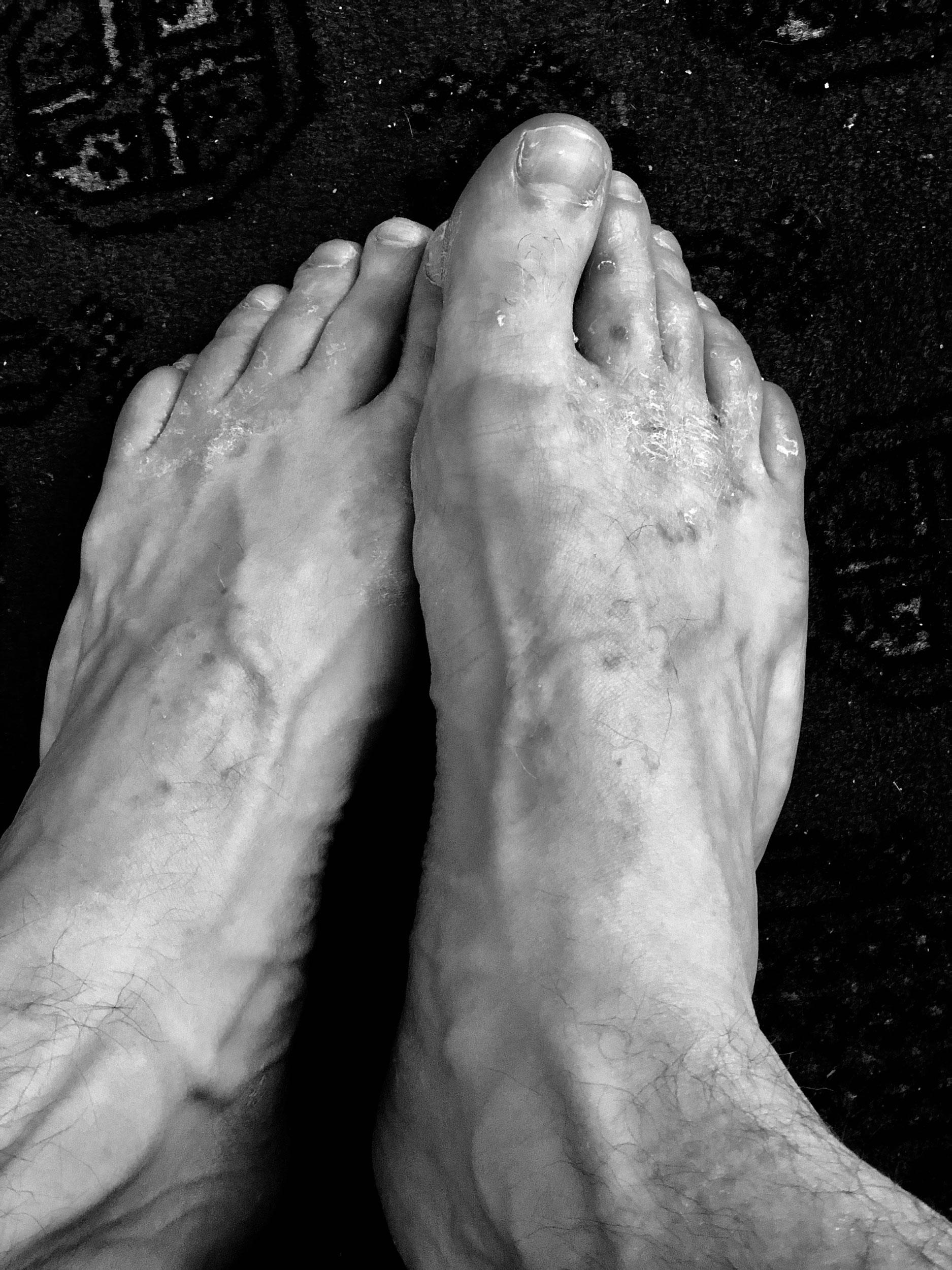 Z-feet-3.jpg