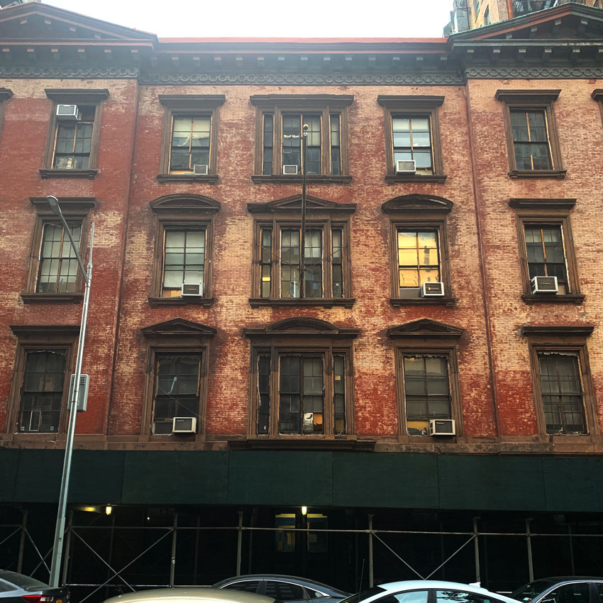I Love These Sad Old Windows