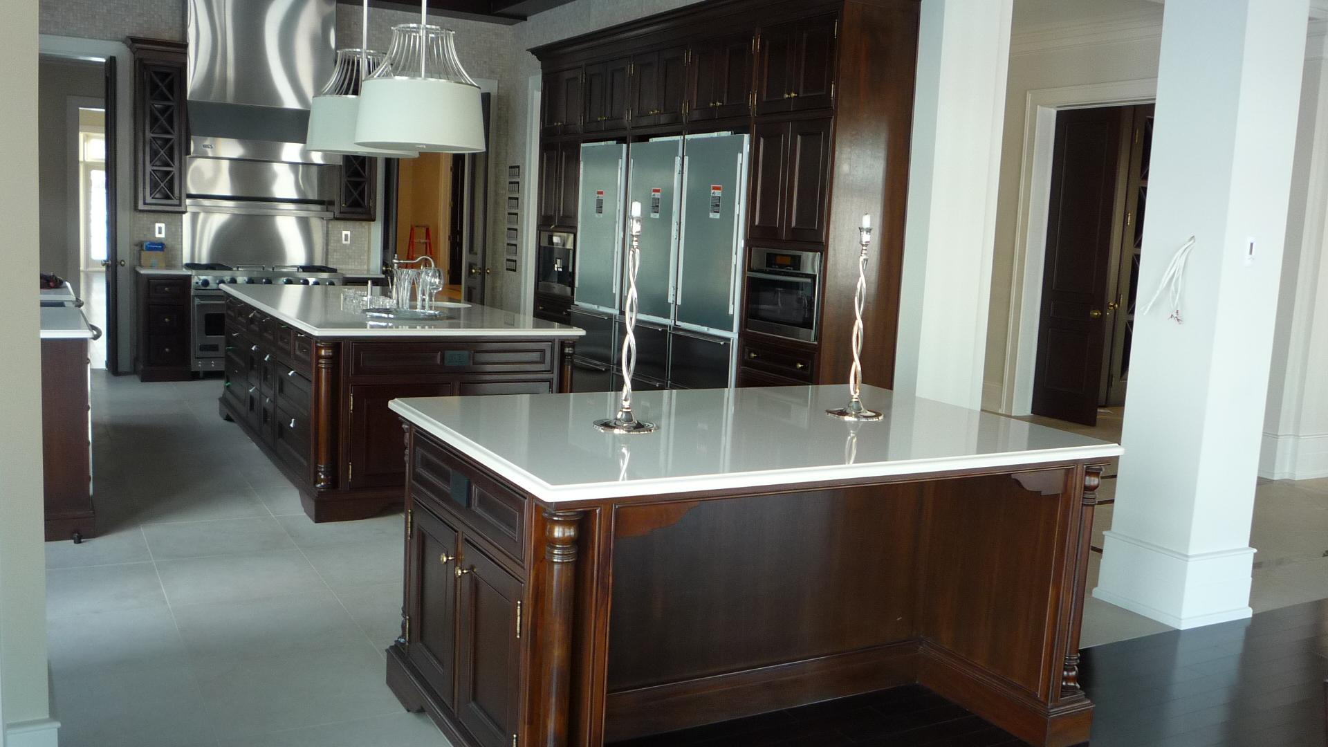 Kitchen Quartz Countertop Ceramic floor white ideas inspiration.jpg