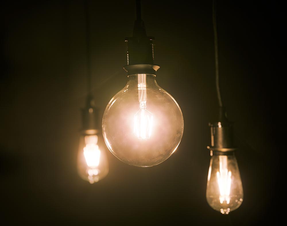 LUNNOM Bulbs