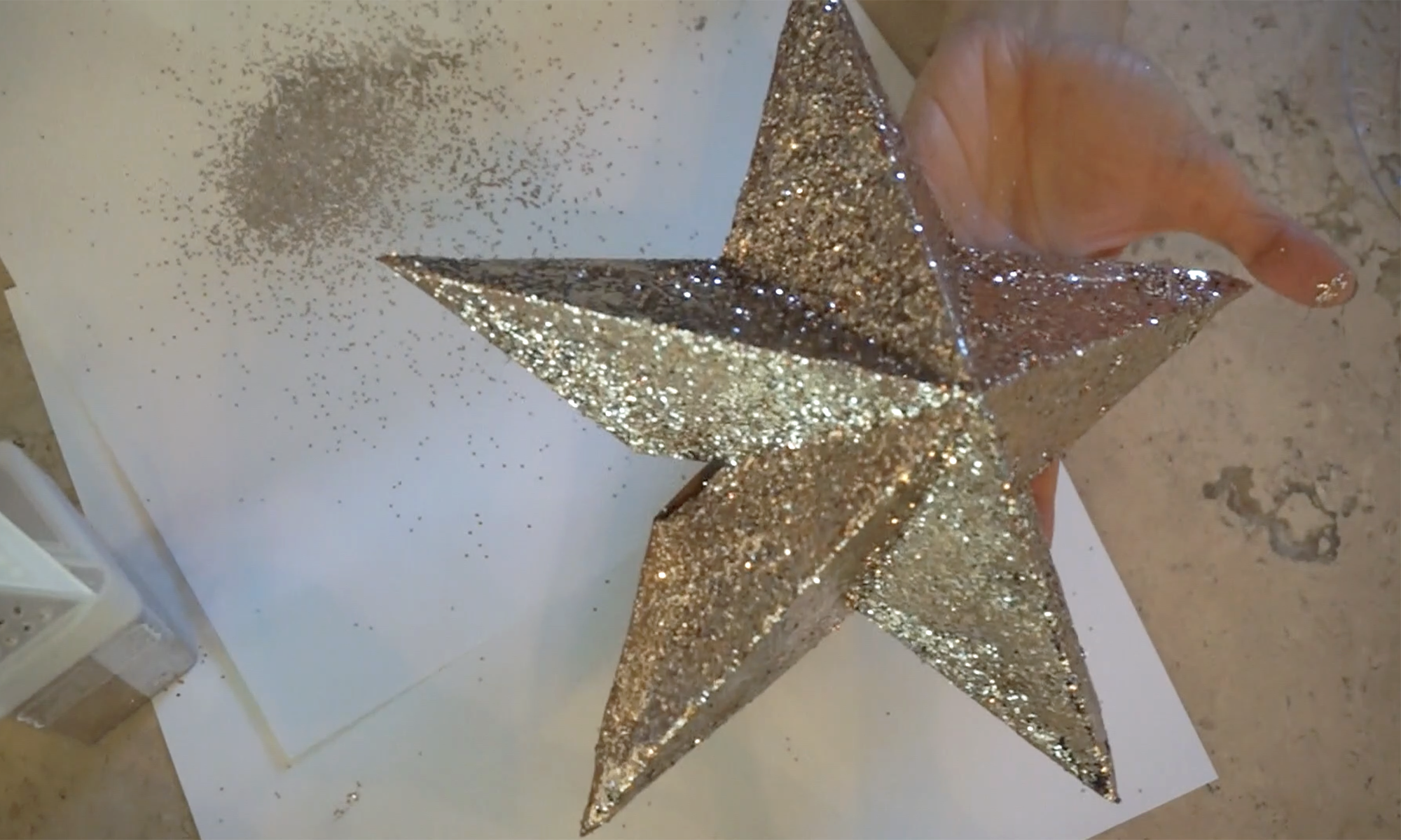 wait for your star to dry /  espera a que se seque
